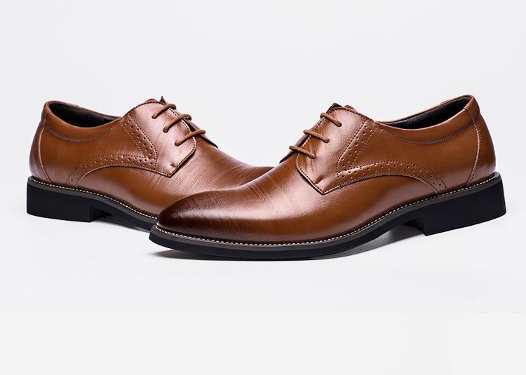 af88e703d850 2018 Man Flat Classic Men Dress Shoes Genuine Leather Wingtip Carved  Italian Formal Oxford